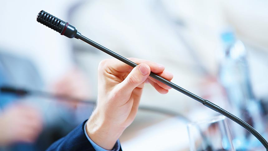 Panduan Praktis Cara Menjadi Moderator Seminar Yang Baik